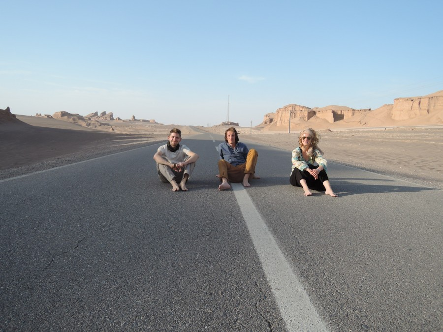 On the road in the Dasht-e-Lut