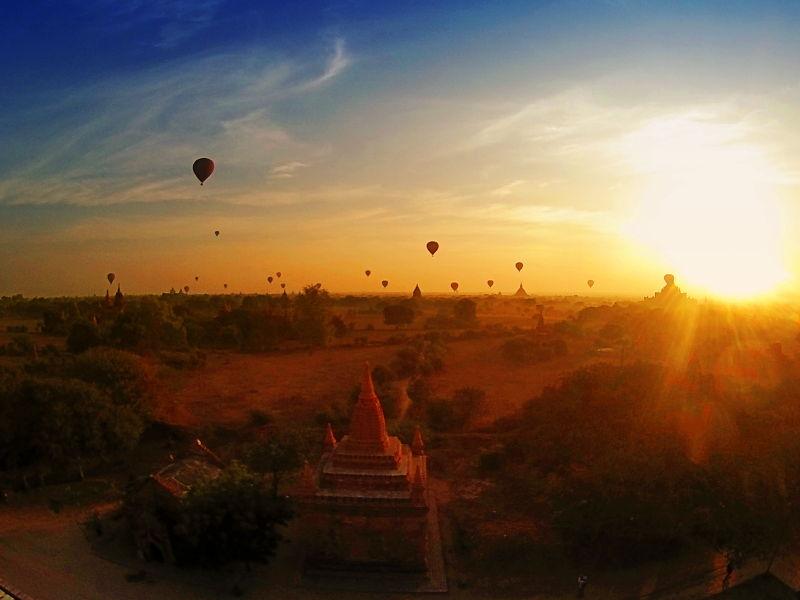 Sunrise in Bagan